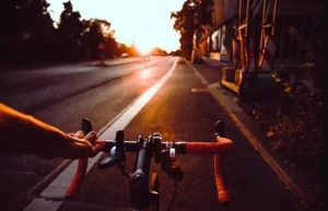 Accidente de bicicleta o peatones
